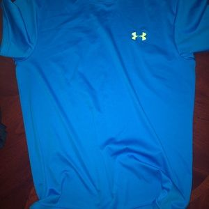 Under Armour workout Tee in electric blue‼️